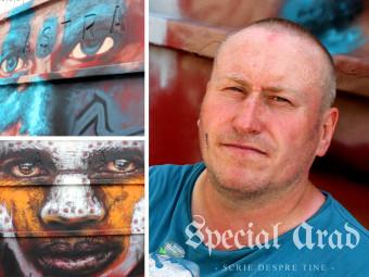 """Londonezul venit la Arad să picteze zidul """"Astra"""" tocmai de ziua lui. Interviu cu Dale Grimshaw despre arta stradală și Brexit"""
