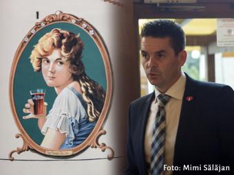 Coca-Cola nu a uitat de Marion Davies. Reprezentanții companiei au sărbătorit reapariția ei pe Mețianu alături de arădeni