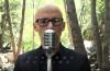 Noul videoclip Moby atrage atenția asupra dependenței de tehnologie a omenirii