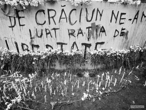 piata-romana-decembrie-1989-foto-agarici-ziaristi-online