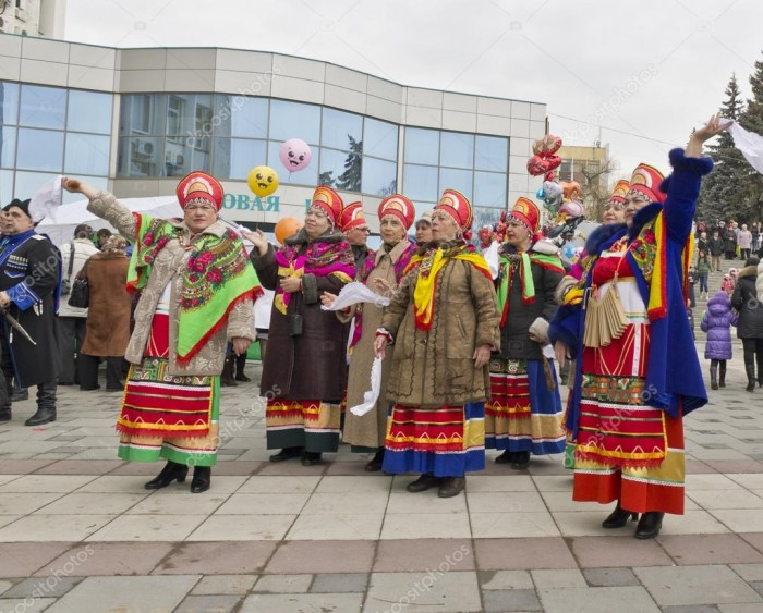 depositphotos_9536591-stock-photo-pyatigorsk-pancake-day-celebration