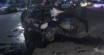 Accident cu o victimă, în apropiere de Piața Obor. Și-a făcut mașina praf și pulbere