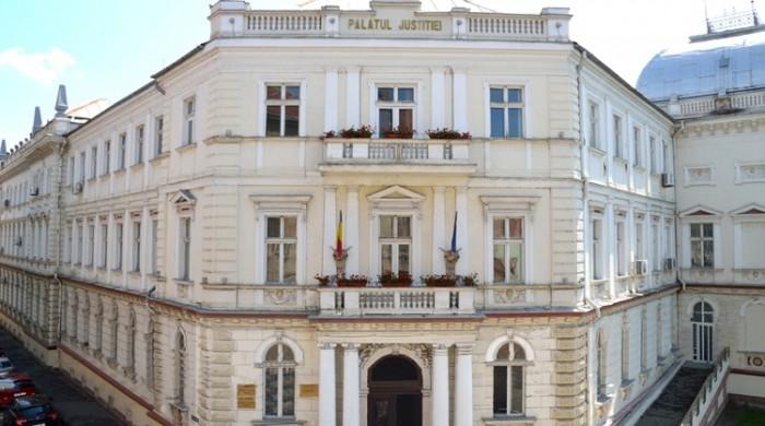 """Tribunalul Arad şi Judecătoria Arad își deschid porțile! Elevi ai Colegiului Național """"Elena Ghiba Birta"""", vor simula un proces penal"""
