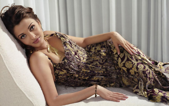 Aishwarya Rai Photoshoot Wallpapers