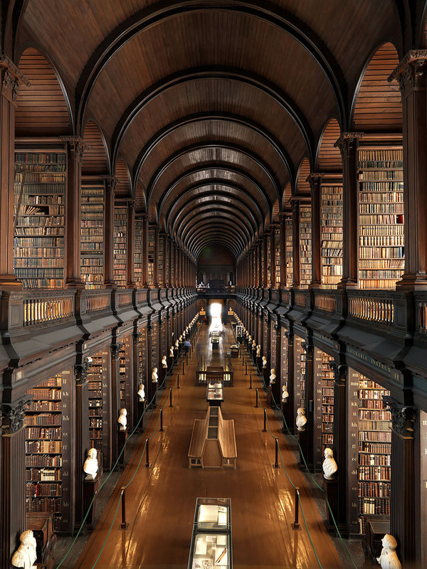 biblioteca universitatea iasi