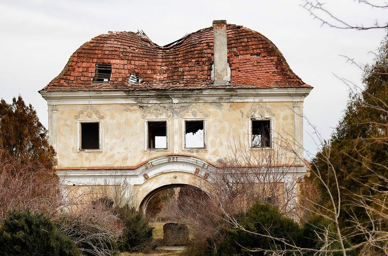 castelul Kornis-Rakoczi-Bethlen din Iernut