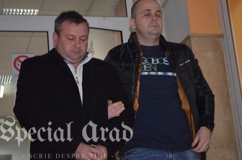 06-criminalul de la cermei in fata procurorilor (17)