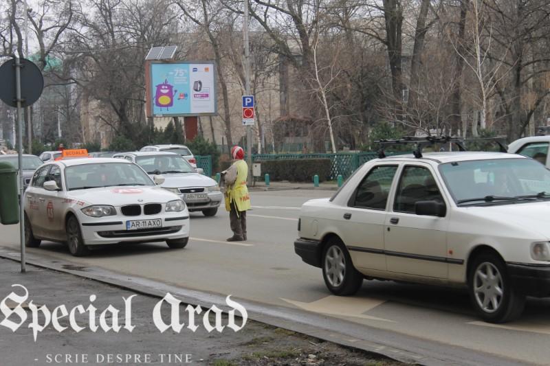 vanzator ambulant de ziare arad (4)