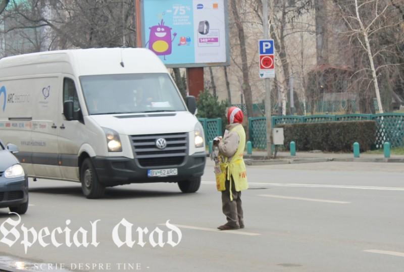 vanzator ambulant de ziare arad (5)