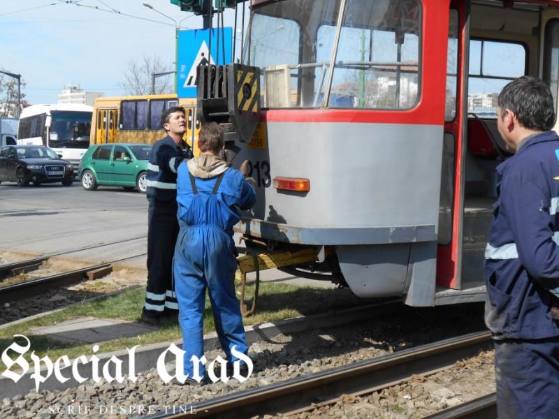 tramvai deraiat podgoria (15)