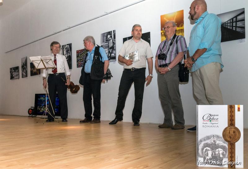 04-Expoziţia Fotoclubului Pro Arad la Oradea (4)