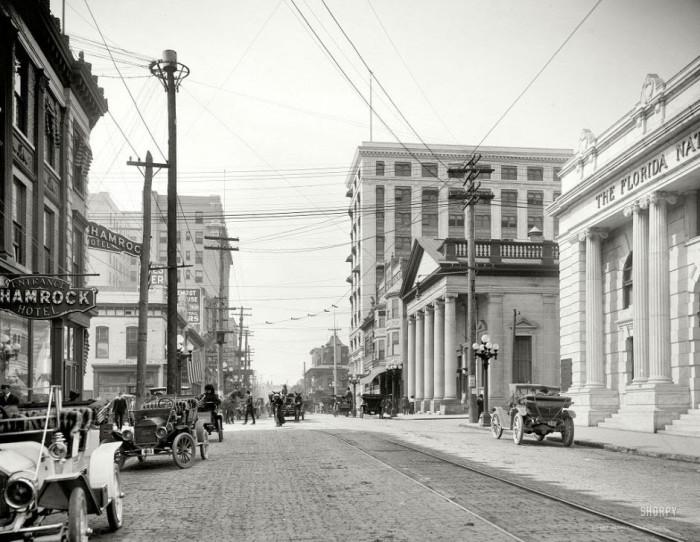 04-Forsyth-Street-JacksonvilleFlorida-in-1910Love-those-cars