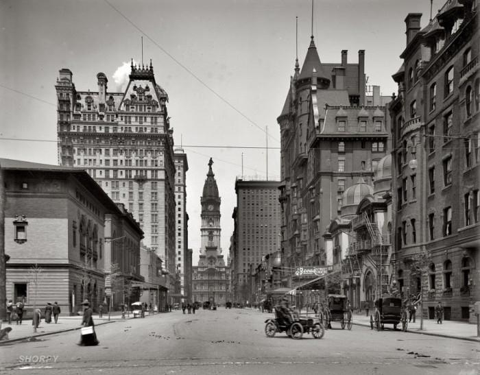 13-Broad-Street-north-of-Spruce-Street-Philadelphia-1905