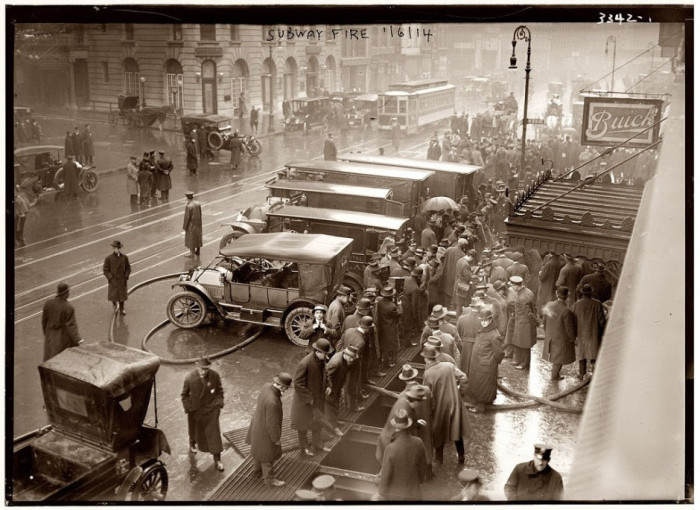 15-Fire-at-55th-Street-New-York-1914