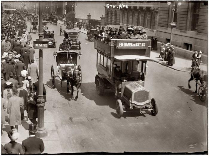 16-Fifth-Avenue-New-York-1913