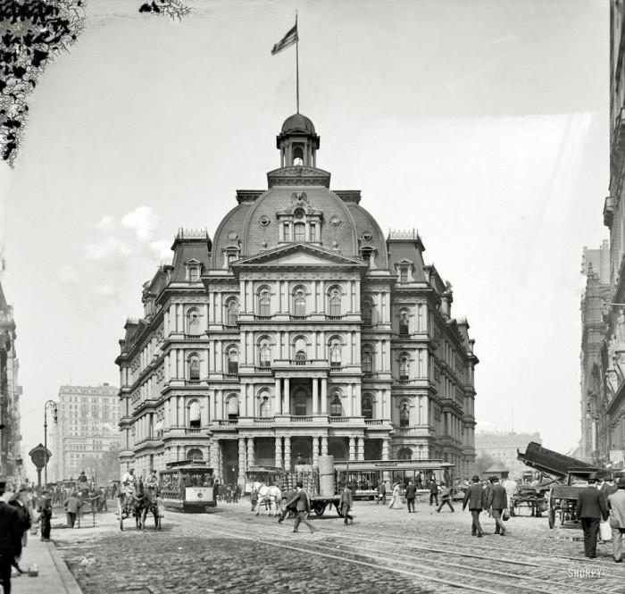 23-City-Hall-in-New-York