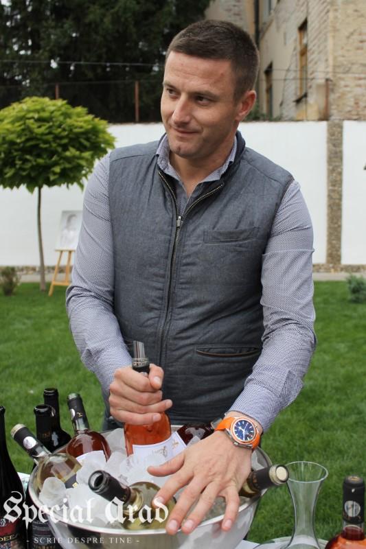 clubul degustatorilor de vin neautorizati expozitie de vin centrul de cultura (17)