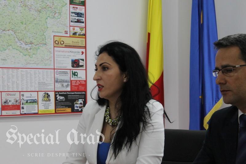 Directorul Centrului Cultural Județean Arad, Ana Maria Dragoș, a anunțat că renunță la post (6)