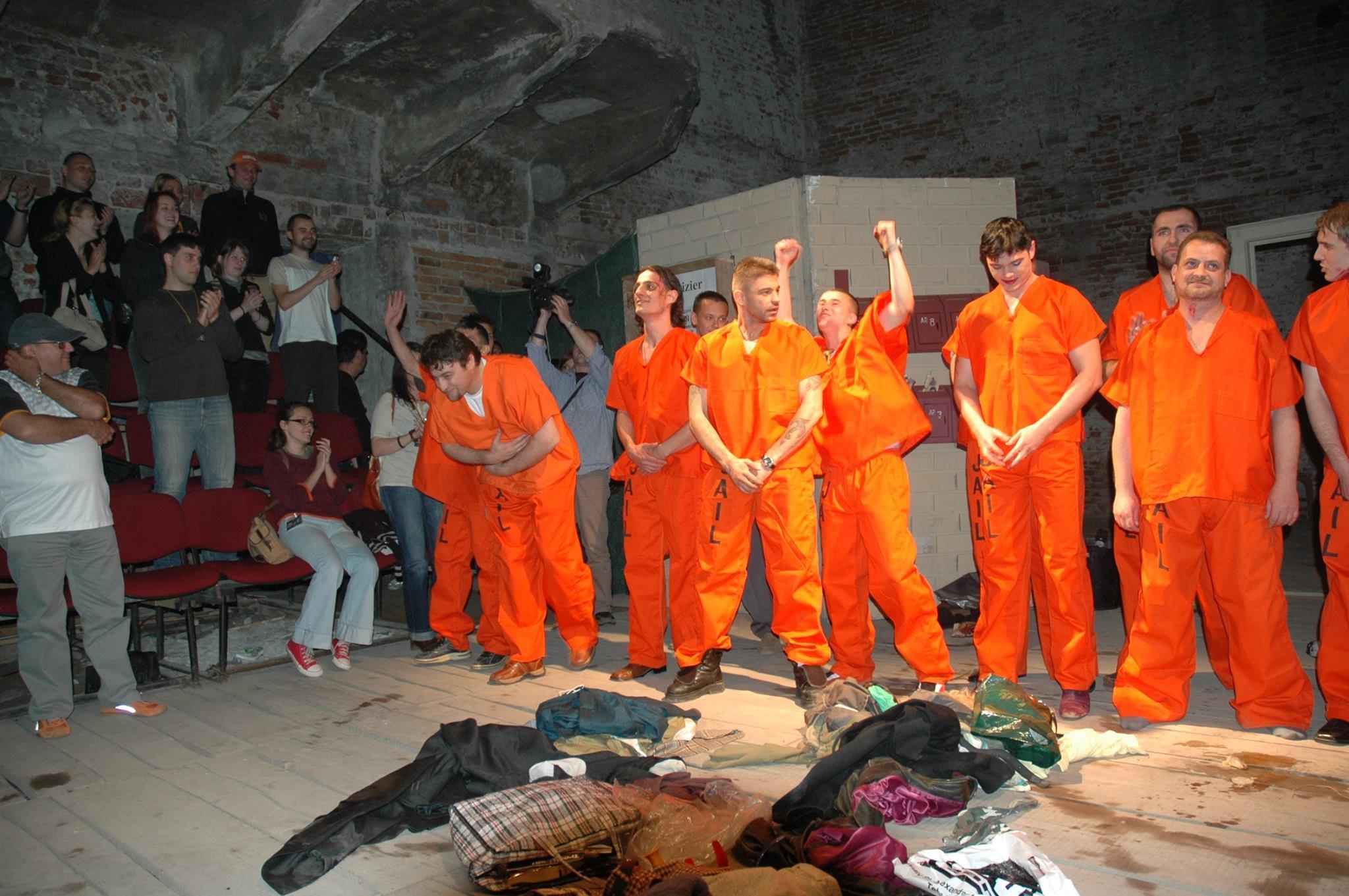 spectacolul Joi cu detinutii de la Penitenciarul de Maxima Siguranta Arad 2