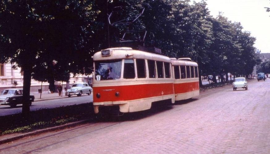 tramvaie-itb-cu-remorca