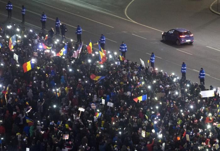 APTOPIX_Romania_Protests_84679.jpg-f66ba