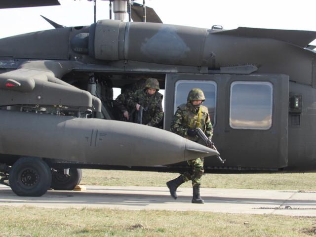 elicoptere black hawk (4)