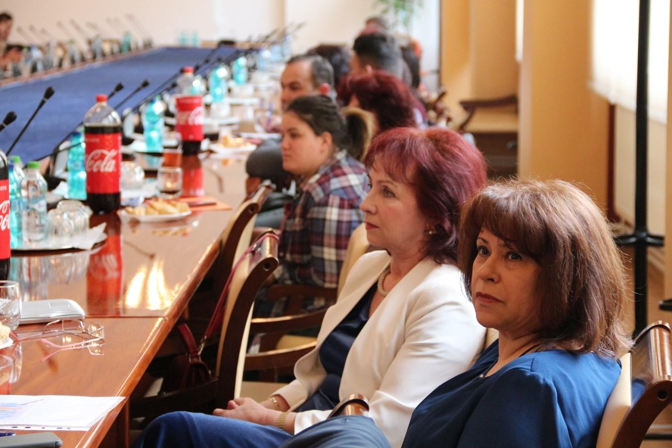 Conferinta-UVVG-ASISTENTA-PRESA (5)