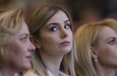 iubita-lui-liviu-dragnea-in-primul-rand-din-sala-la-congresul-psd-foto-274942