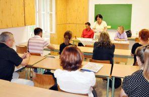 Cadrele didactice susţin proba scrisă la examenul de titularizare