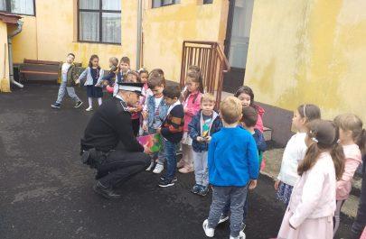 Educaţie rutieră pe înţelesul celor mici (6)