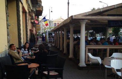 terase-in-arad-jimm-e1368965520429