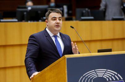 Vlad Botoș